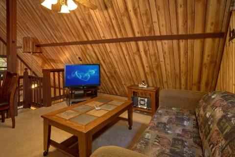 1 Bedroom Cabin with Loft - Cuddles