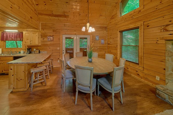 Cabin with Open Living Room - Cuddly Critters