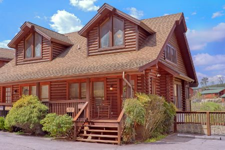 Candle Light Cabin: 2 Bedroom Sevierville Cabin Rental