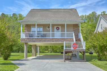 River Pointe Pigeon Forge Rentals | Chalets In Pigeon Forge