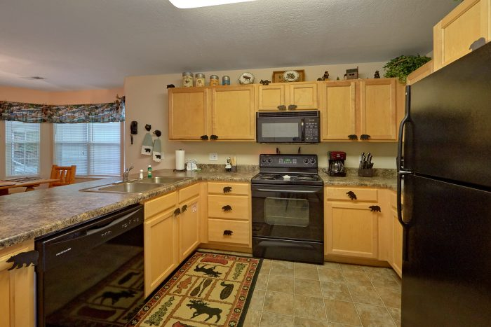 2 bedroom cabin rental with full kitchen - Dancing Bears