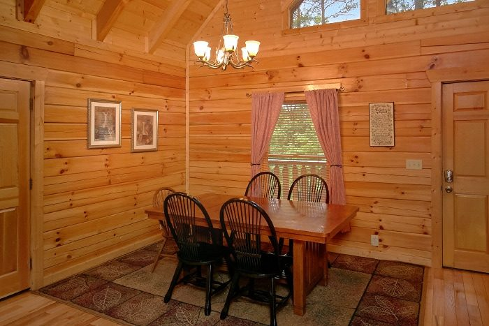 Rustic Cabin with kitchen and Bar Stool Seating - Dew Drop Inn