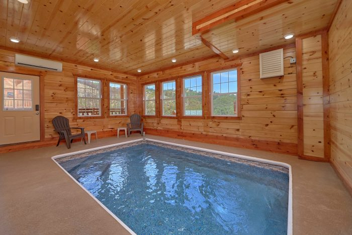 Cabin with an Indoor Pool on the Main-Level - Dive Inn