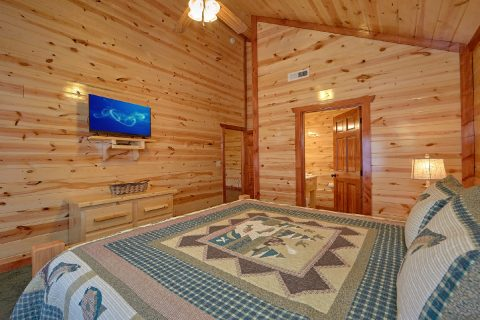 5 Bedroom and 5 Bath Smoky Mountain Pool Cabin - Dive Inn