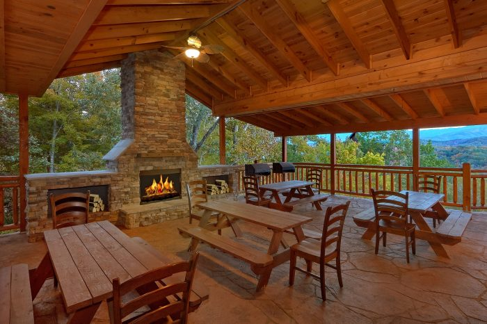 12 bedroom cabin with Views of the Mountains - Dream Maker Lodge