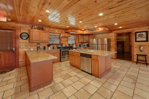 12 bedroom Cabin with Full Kitchen - Dream Maker Lodge