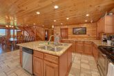 12 bedroom cabin with large kitchen for 54
