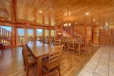12 bedroom cabin with Dining area for 30