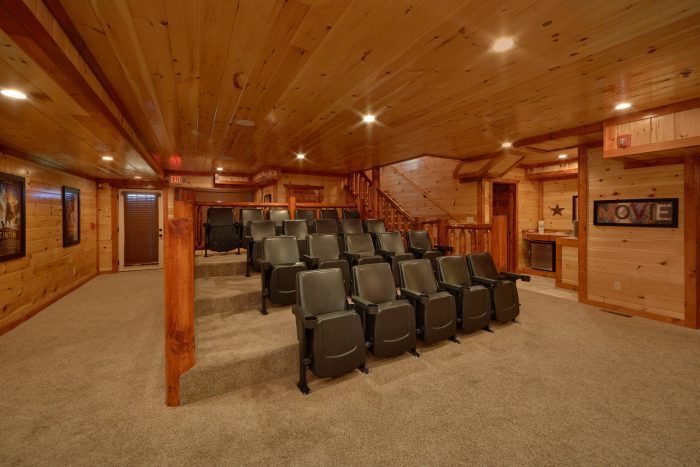 Large Theater Room in 12 bedroom cabin - Dream Maker Lodge