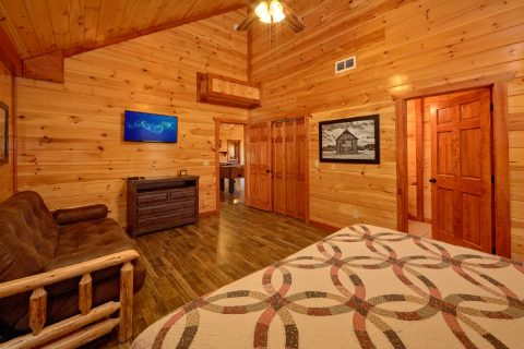 12 Bedroom Cabin with Spacious Master Suites - Dream Maker Lodge