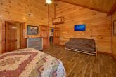 Cabin for 54 guests with 11 Master Bedrooms