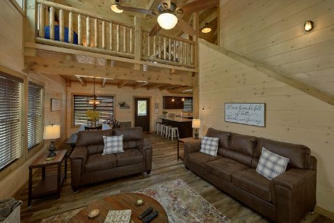 Bear Cove Falls 4 Bedroom 4 Bath Sleeps 14 - Dream Mountain Cove