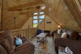 Top Floor Loft 4 Bedroom Cabin Sleeps 14