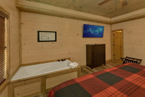 Mastere Suite with Jacuzzi Tub - Dream Mountain Cove