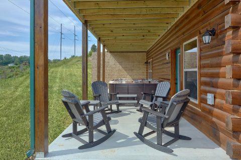Covered Porch with Hot Tub and Chairs - Dream Mountain Cove