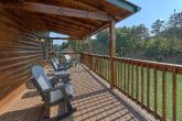 Comfortable Outdoor Seating 4 Bedroom Cabin