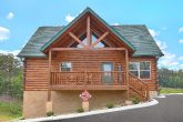 Pave Parking 4 Bedroom Cabin Sleeps 14