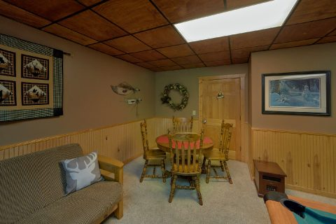 1 bedroom cabin with game room and pool table - Dreamweaver