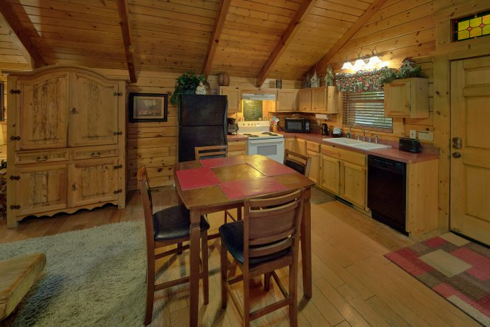 One Bedroom Cabin with King Master Suite - Dreamweaver