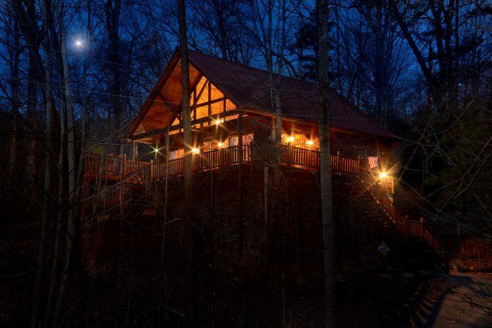 Luxury 1 Bedroom Cabin with Loft - Dutch's Den