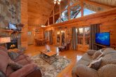 Spacious 1 Bedroom Cabin with Living Room