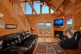 2 Bedroom Cabin Sleeps 6 with Mountain Views