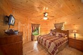 Cabin with Spacious King Bed
