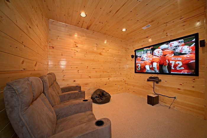 Cabin with Theater Room - Easy Like Sunday Morning