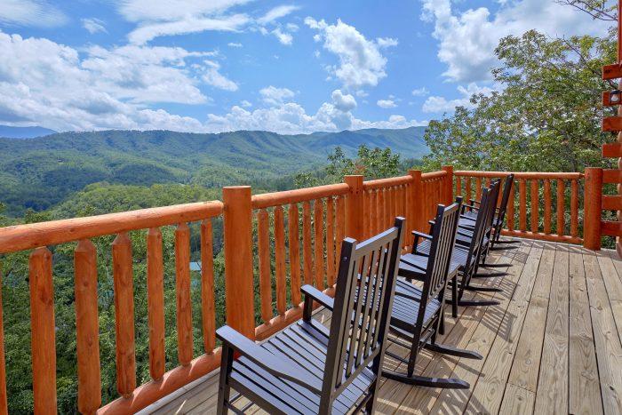 Luxury Cabin with Mountain Views - Elk Ridge Lodge