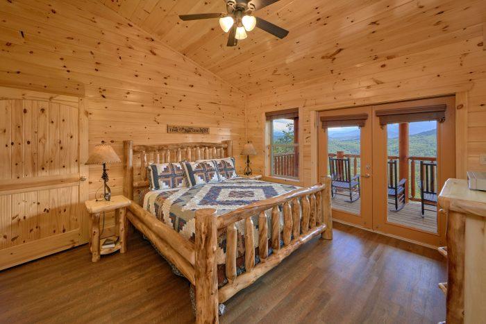 Luxury Cabin with Master Bedroom on main level - Elk Ridge Lodge