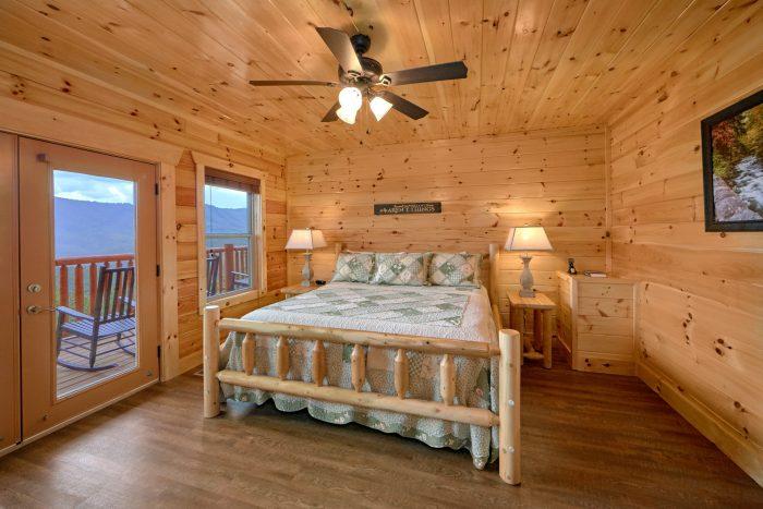 Luxury Cabin with 4 King bedrooms - Elk Ridge Lodge