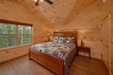 Premium 5 Bedroom Cabin with 4 King Suites - Elk Ridge Lodge