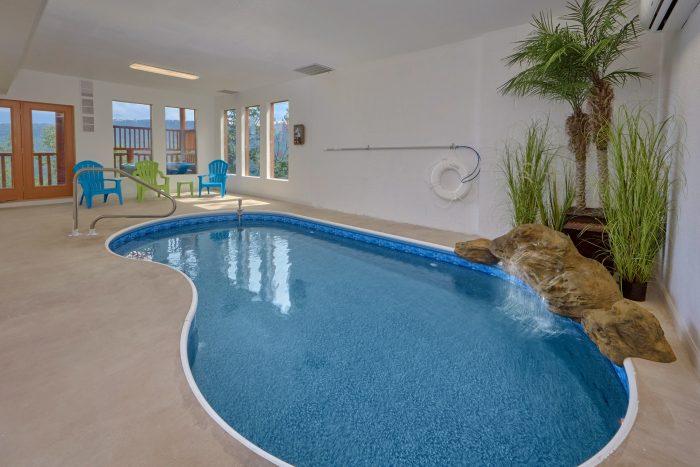 5 Bedroom Cabin with Heated Indoor Pool - Elk Ridge Lodge
