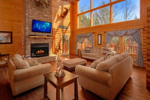 5 Bedroom Cabin Sleeps 14 in Gatlinburg - Elkhorn Lodge