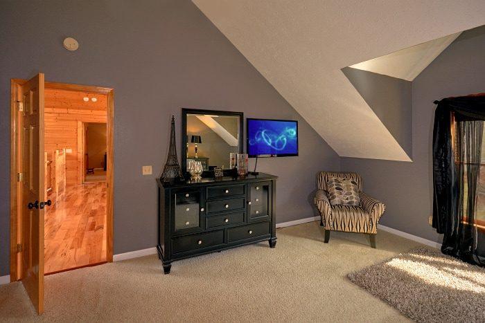 Spacious Gatlinburg 5 Bedroom Cabins Sleeps 14 - Elkhorn Lodge