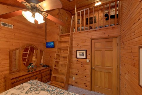 Kids Loft in Bedroom - Emerald View