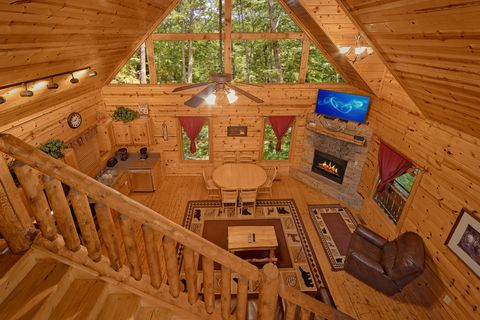 Gatlinburg Cabin that is Comfortably Furnished - Endless Joy