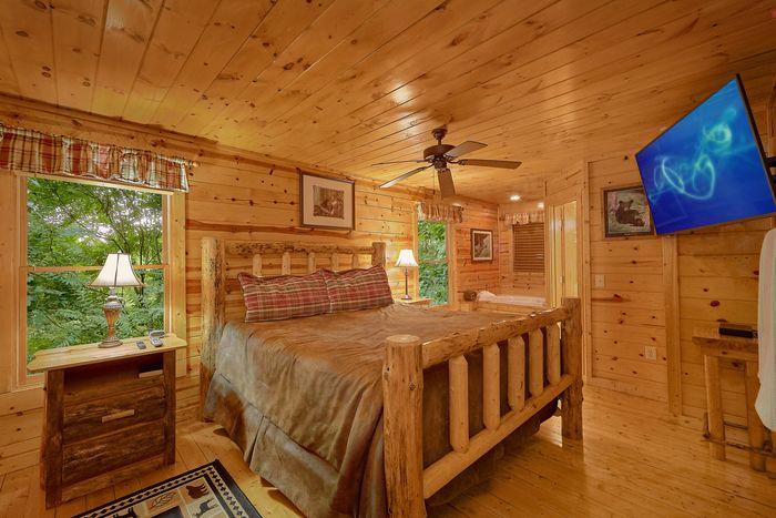 Cabin with Queen Bedroom - Endless Joy