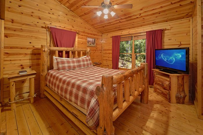 Hot Tub in Smoky Mountain Cabin Rental - Endless Joy