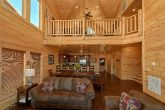 Luxurious 5 bedroom cabin with Large Living room