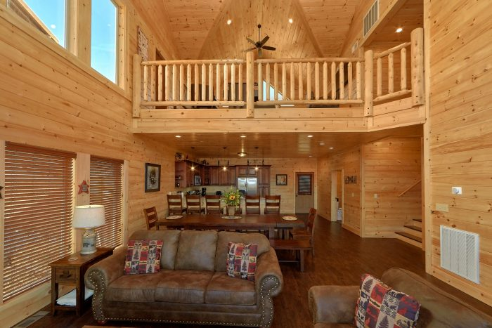Luxurious 5 bedroom cabin with Large Living room - Endless Sunsets