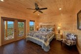 5 bedroom cabin with 4 Master Bedrooms