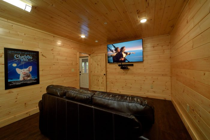 Premium cabin with theater room, pool and Views - Endless Sunsets
