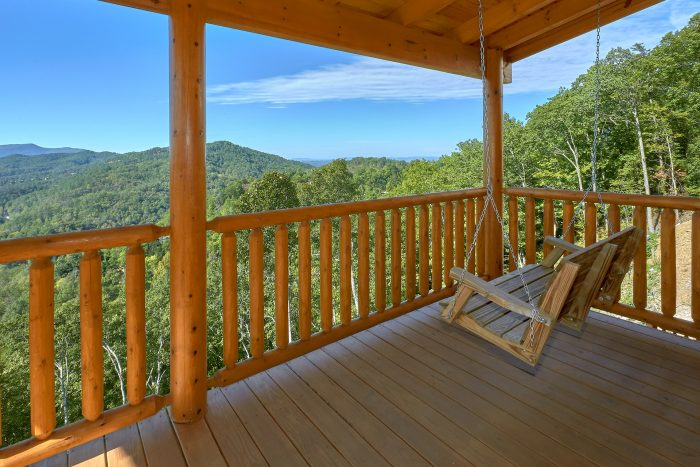 Cabin with Mountain View, porch swings & hot tub - Endless Sunsets