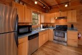 3 Bedroom Cabin that sleeps 8 with Full Kitchen