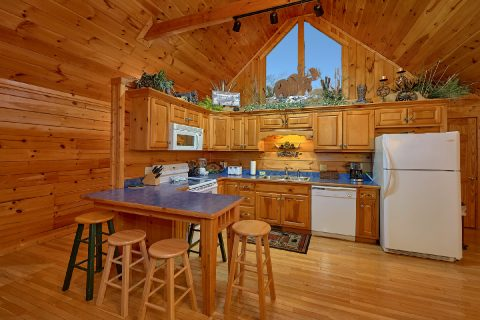 Gatlinburg 2 bedroom cabin with full kitchen - Fireside View