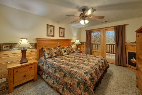 Gatlinburg cabin with 2 King Bedrooms and baths - Fireside View