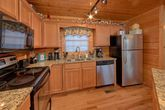 4 bedroom cabin with Family Size kitchen