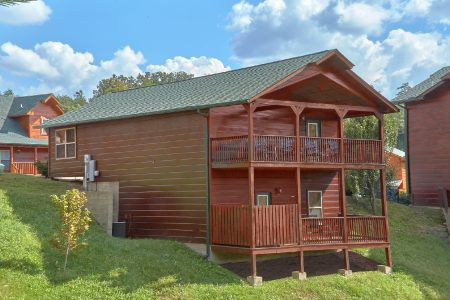 Autumn Breeze: 2 Bedroom Sevierville Cabin Rental