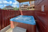 3 Bedroom cabin with hot tub and swimming pool